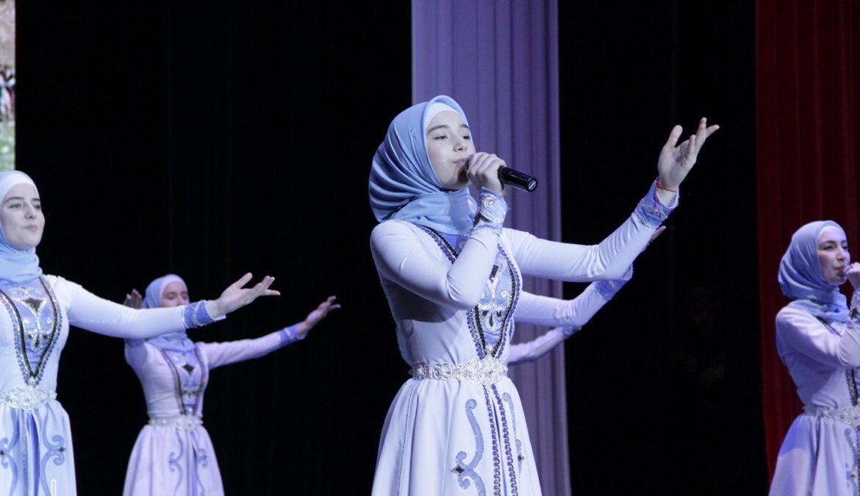 День чеченской женщины на факультете искусств