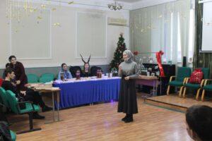 Студенты физико-математического факультета ЧГПУ провели праздничное новогоднее мероприятие