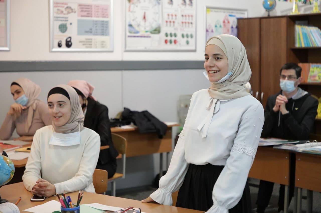 Студенты ЧГПУ провели открытые уроки