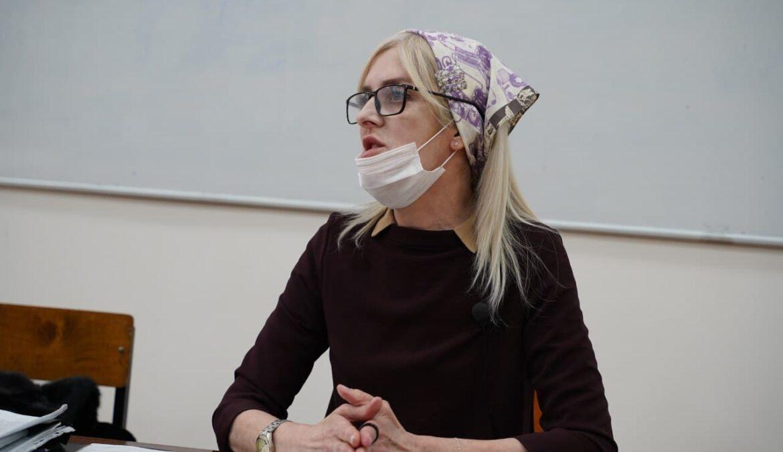 В ЧГПУ состоялась открытая лекция доцента кафедры педагогики, кандидата политических наук Кульсум Ахмедовой