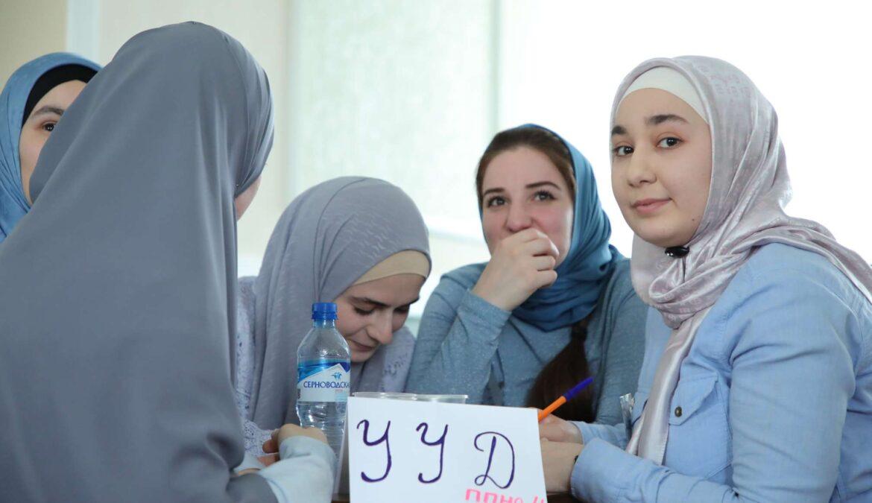 В ЧГПУ провели олимпиаду по педагогике среди выпускных курсов