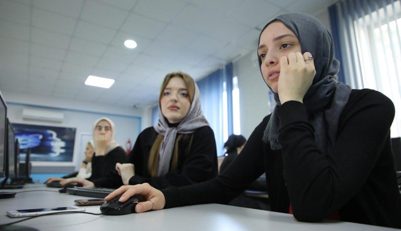 Ресурсный центр развития информационно-коммуникационных технологий в образовании продолжает свою работу