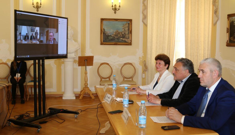 В Санкт-Петербурге состоялось торжественное подписание протокола о сотрудничестве между педагогическими университетами