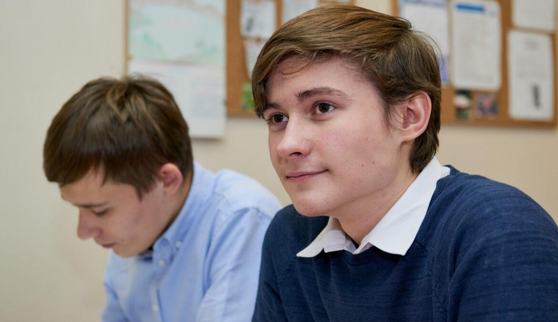 Межведомственное взаимодействие в системе воспитания обсудили в Общественной палате РФ