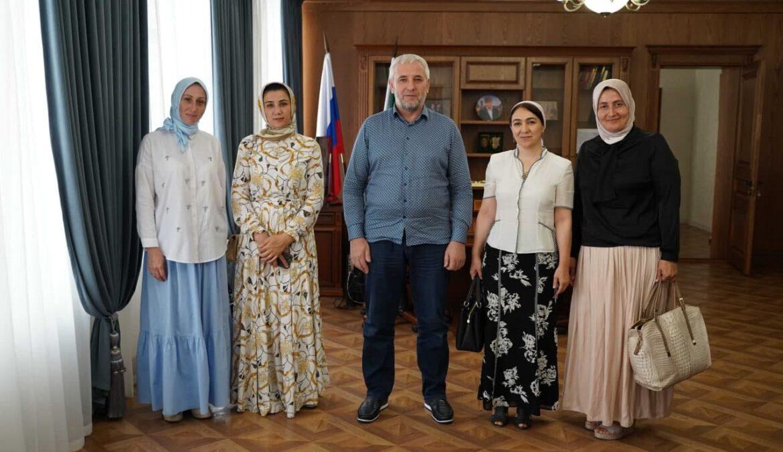 В ЧГПУ состоялась встреча ректора университета с коллективом нового структурного подразделения вуза